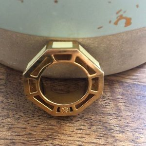 Tory Butch ring size 6